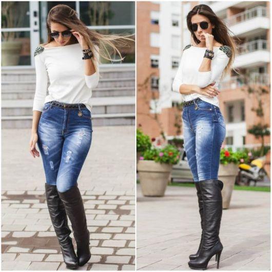 calça jeans com bota marrom