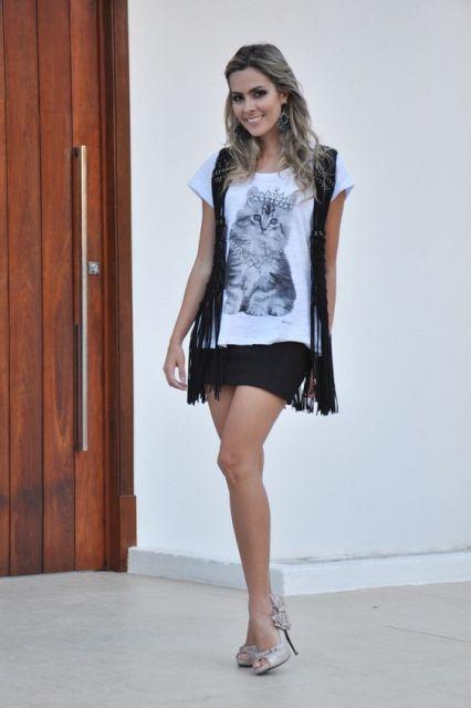 look saia com T-shirt