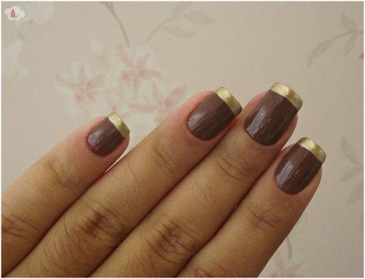 esmalte-marrom-e-dourado-francesinha