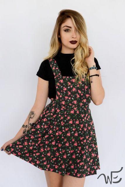 jardineira-saia-estampada