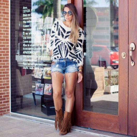 short-com-bota-estilo-country