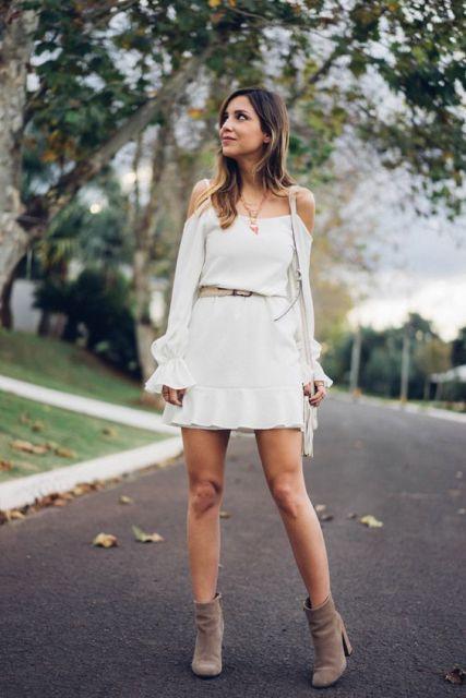 Gostosa de vestido colado - 1 part 5