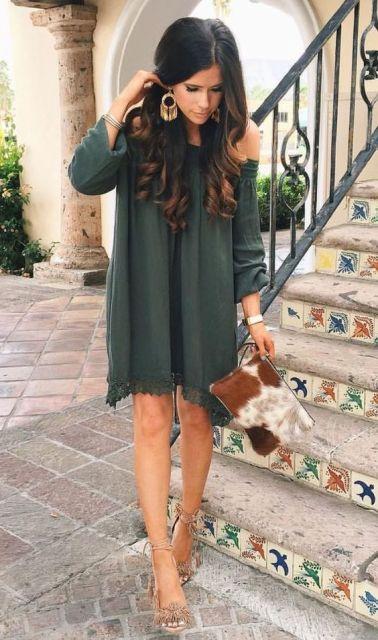 vestido verde musgo