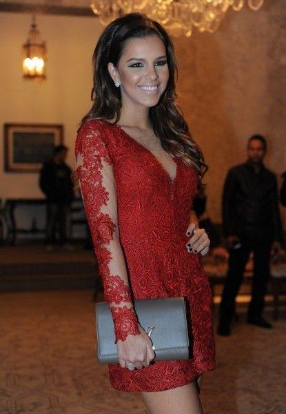 vestido renda vermelho
