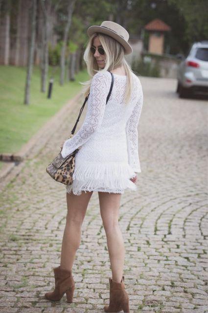 vestido branco com bota