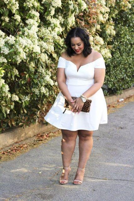 vestido rodado curto plus size