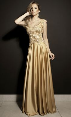 vestido de festa dourado longo