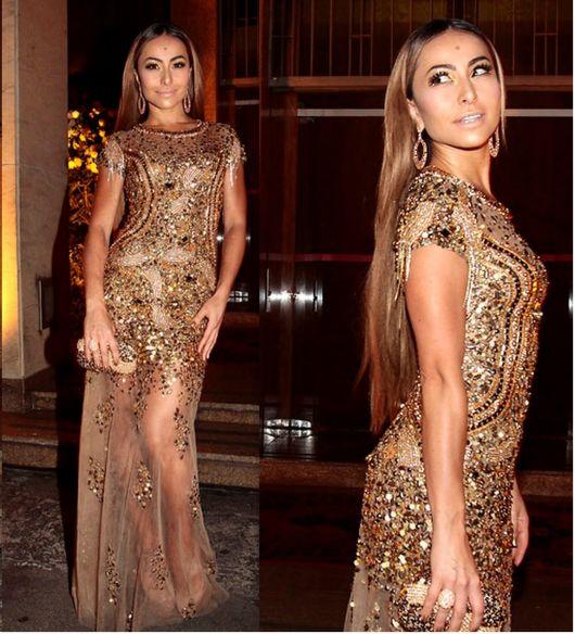 vestido de festa dourado envelhecido