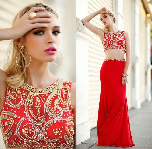 vestido vermelho loira