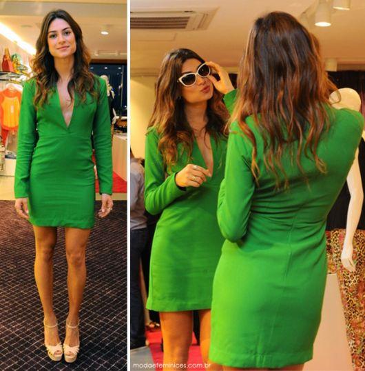 vestido-de-formatura-verde-bandeira-curto