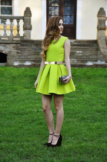 vestido-de-formatura-verde-curto