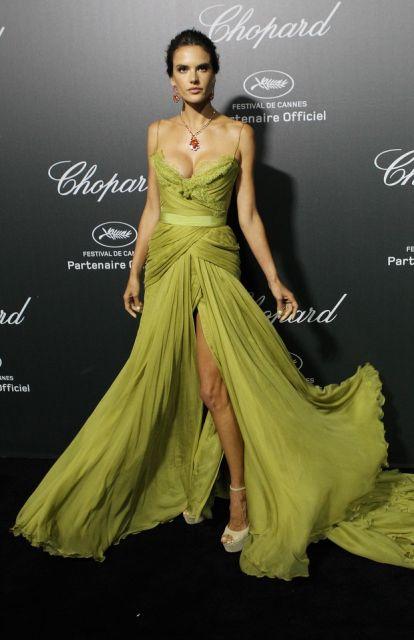 vestido-de-formatura-verde-famosas