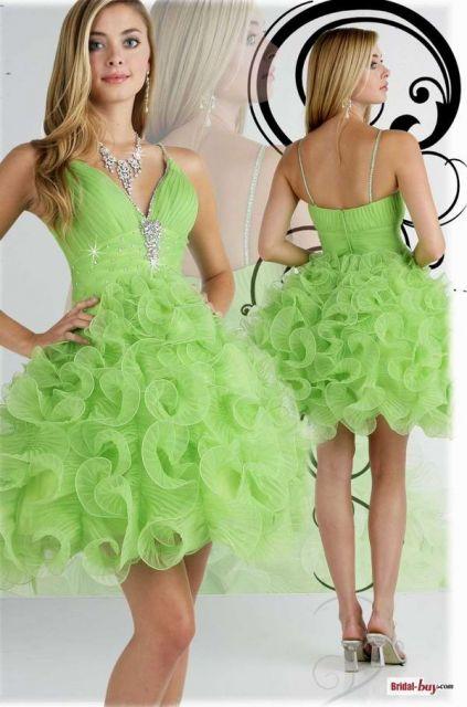 vestido-de-formatura-verde-limao-curtinho