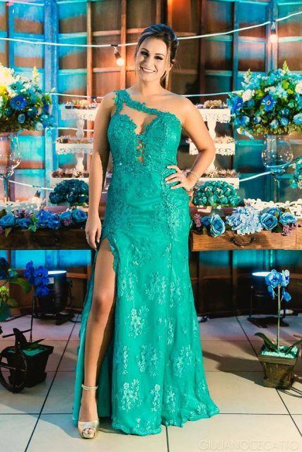 vestido-de-formatura-verde-modelo-longo