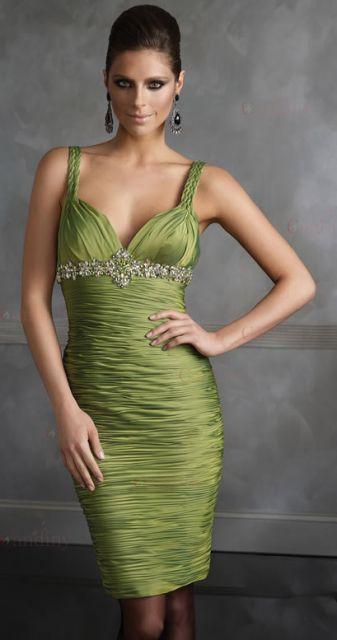 vestido-de-formatura-verde-oliva-curto