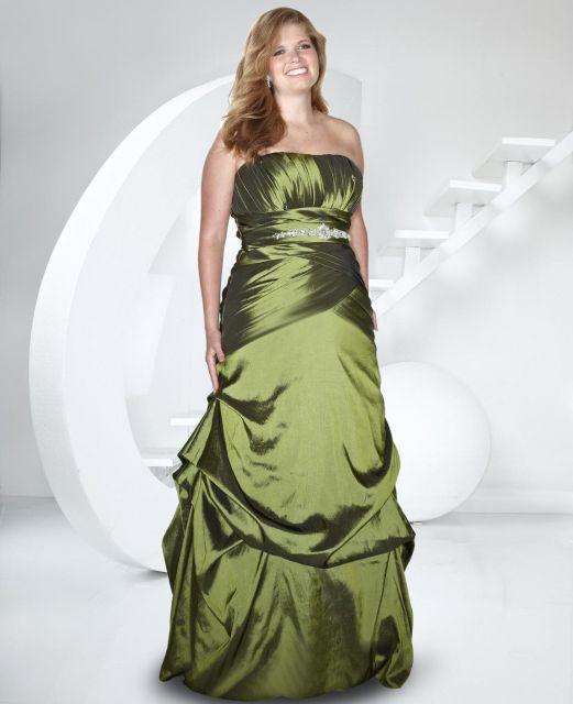 vestido-de-formatura-verde-plus-size