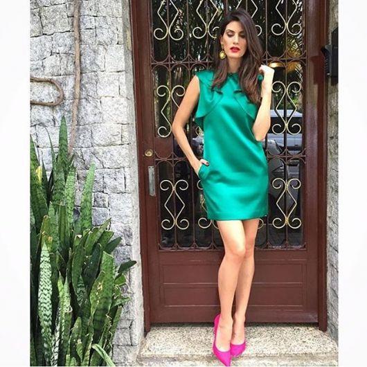 Combinar vestido verde musgo