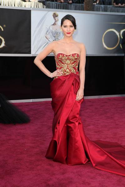 vestido-de-madrinha-vermelho-e-dourado