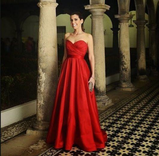 vestido-de-madrinha-vermelho-longo