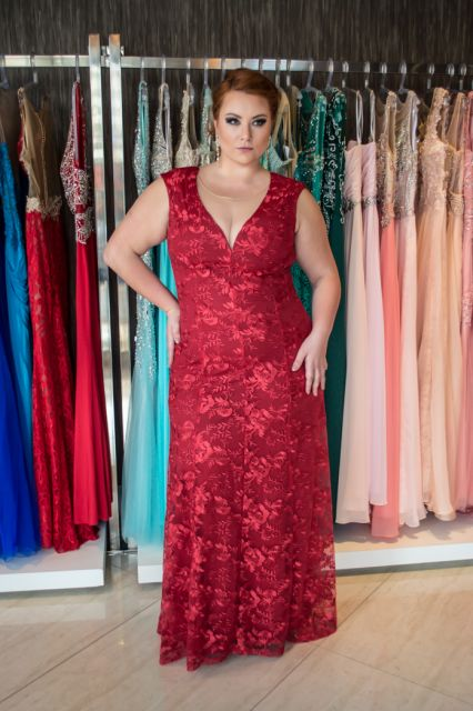vestido-de-madrinha-vermelho-plus-size