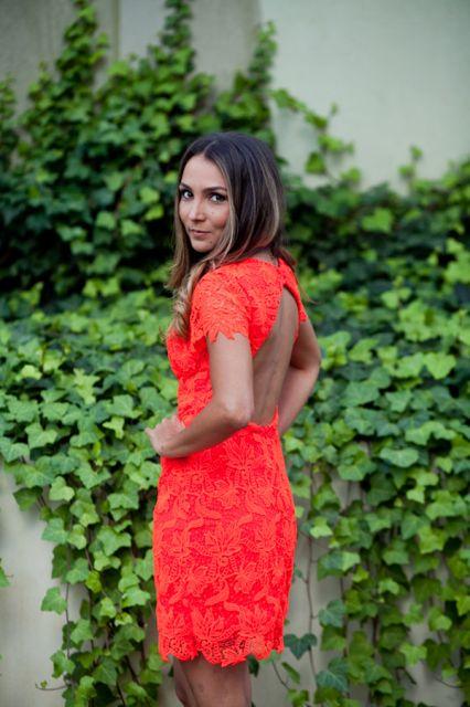 vestido-de-madrinha-vermelho-sangue-curto