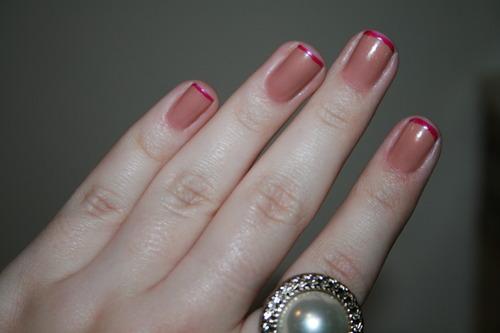 unhas-curtas-decoradas-francesinhas-rosa
