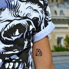 tatuagem simples e pequena