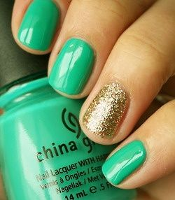nail art verde