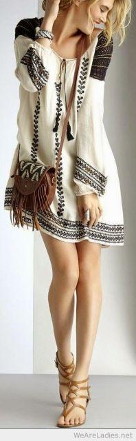 vestido túnica bordado