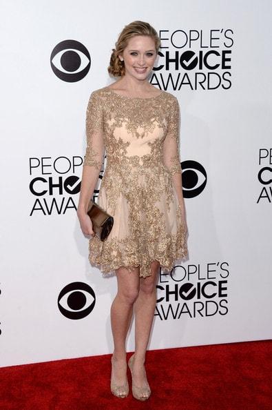 vestido-de-paete-dourado-como-usar