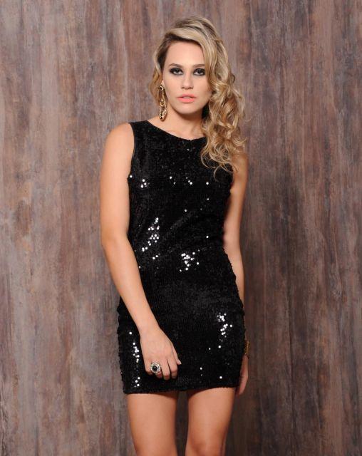 vestido-de-paete-preto-1