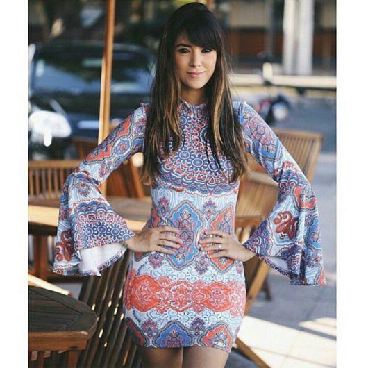 vestido-manga-flare-estampado-lindo