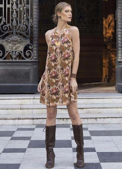 vestido-trapezio-bota-over-the-knee