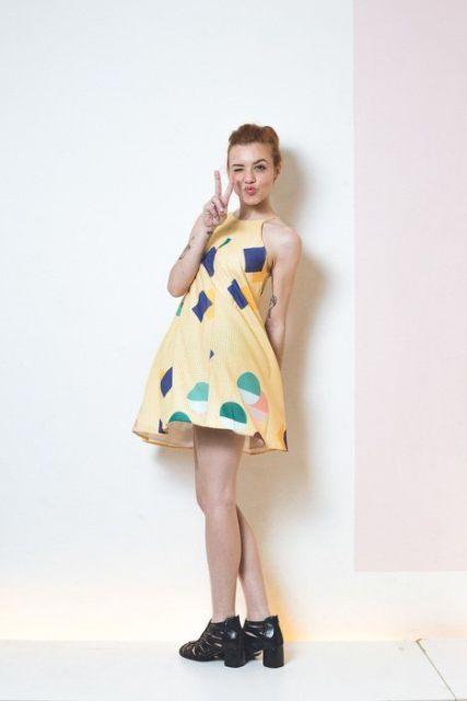 vestido-trapezio-estampa
