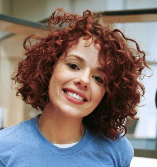 cabelo-ondulado-curto-colorido