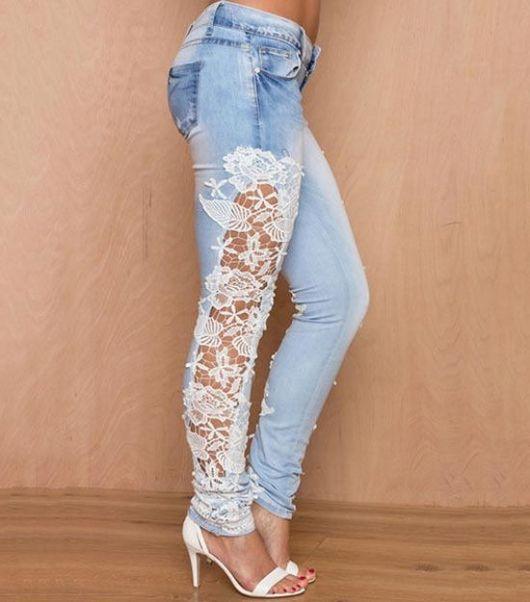 calça jeans com renda jeans claro