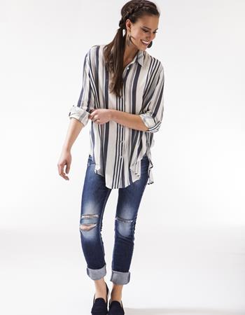 camisa oversized feminina com listras