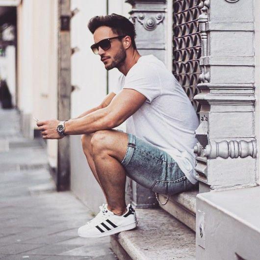 looks-com-tenis-branco-masculino-bermuda-2