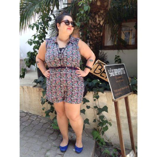 macacao-plus-size-curto-com-cinto
