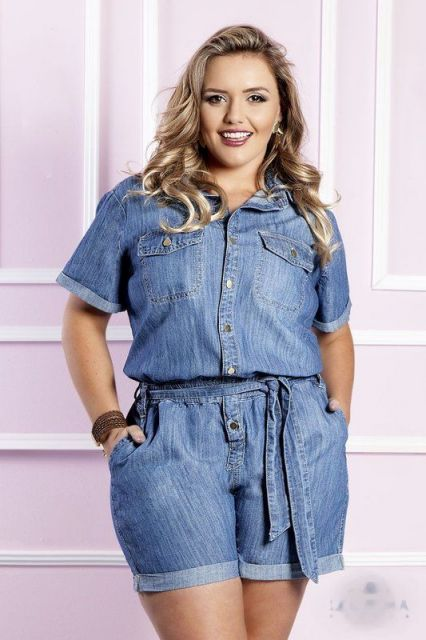 macacao-plus-size-modelo-jeans