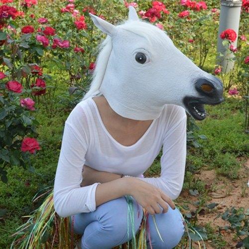 foto mulher máscara