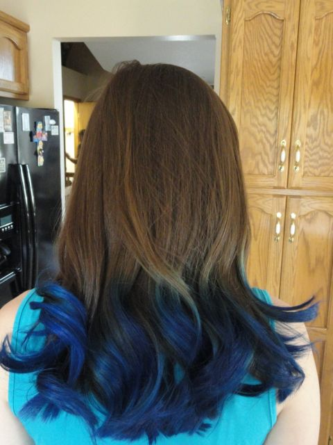 ombre-hair-azul-em-morenas-e-negras-3