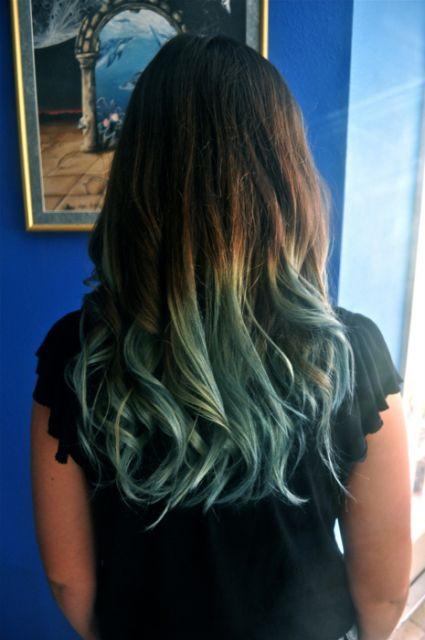 ombre-hair-azul-em-morenas-e-negras-5