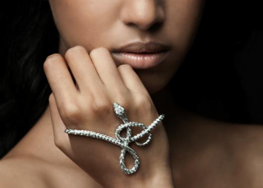 pulseira-de-mao-cobras