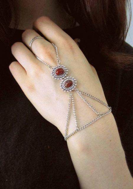 pulseira-de-mao-linda