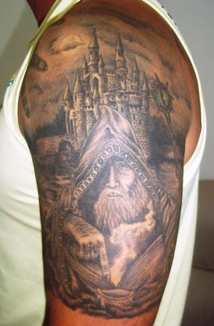 tatuagem-de-magos-com-castelo-5