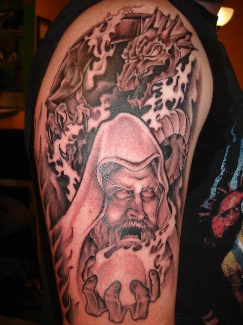 tatuagem-de-magos-com-dragao-2