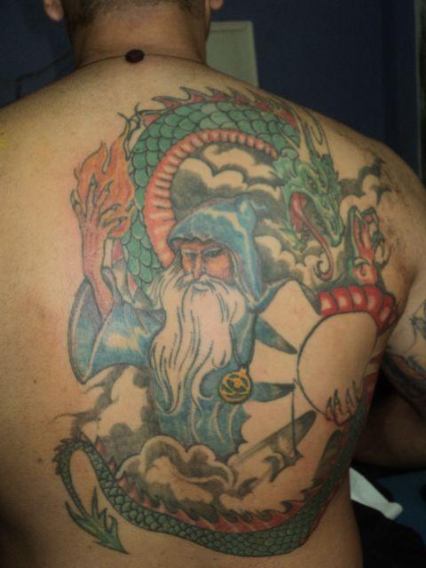 tatuagem-de-magos-com-dragao