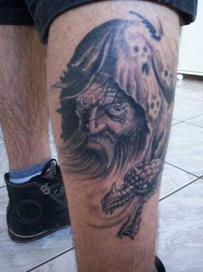 tatuagem-de-magos-na-perna