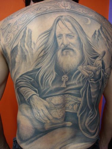 tatuagem-de-magos-nas-costas-4